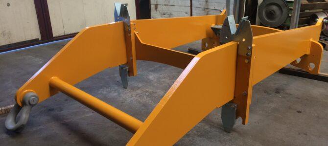 Tilting frames
